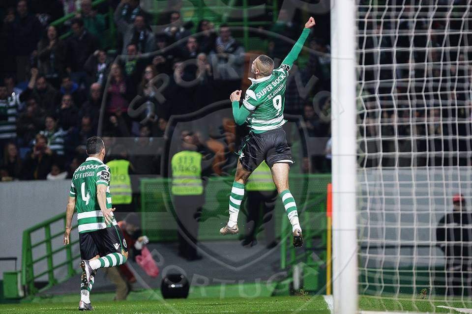 Os sportinguistas torcem para que Slimani continue a voar alto Fonte: Sporting CP