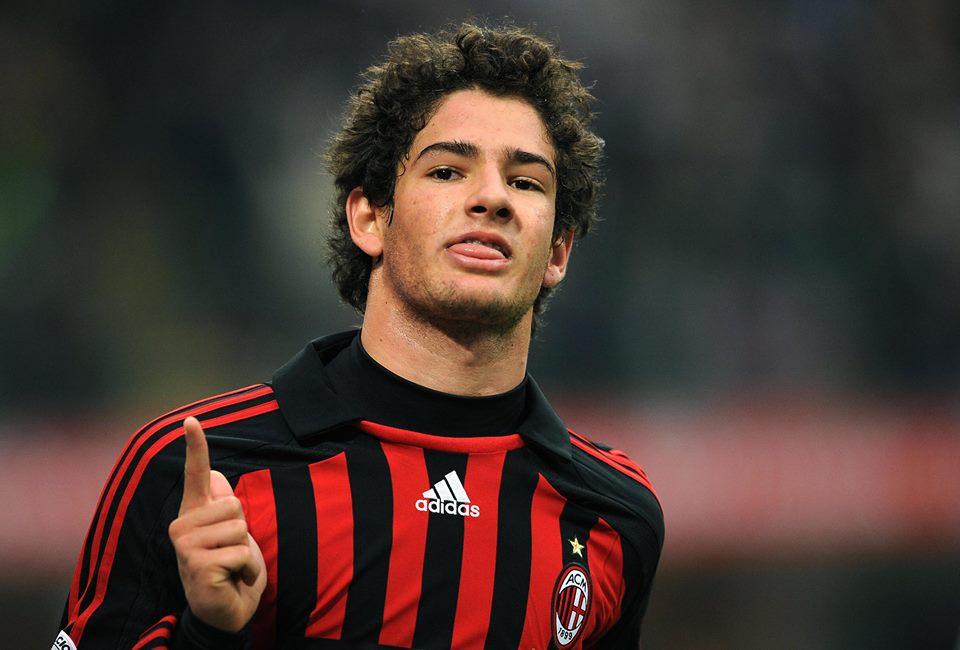 Pato celebra um dos seus muitos golos pelo Milan Fonte: