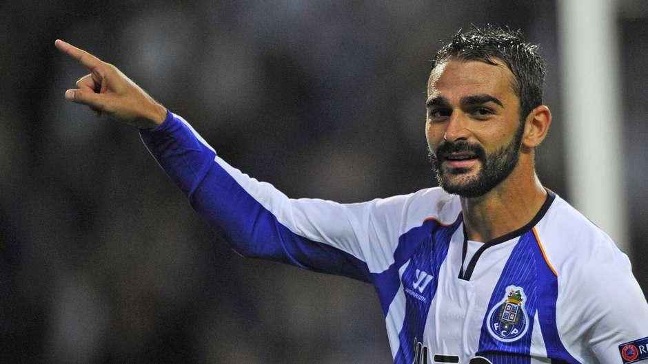 Dos três dispensados, Adrien López foi o que contabilizou mais minutos (Fonte: FC Porto)