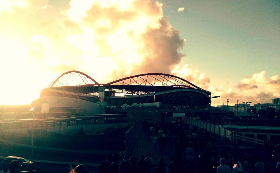 A imperialidade do Estádio da Luz em pleno fim de tarde Fonte: SL Benfica