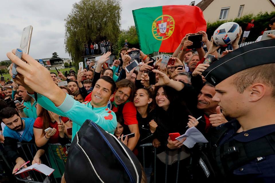 Cristiano Ronaldo é a grande referência da Seleção Nacional Fonte: FPF