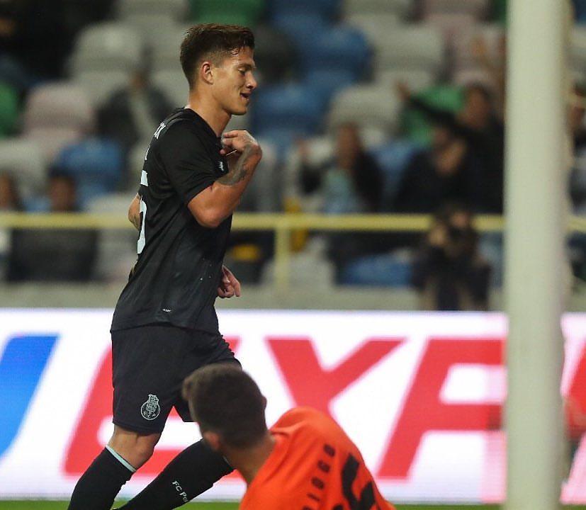 Otávio tem sido uma das revelações do FC Porto Fonte: FC Porto