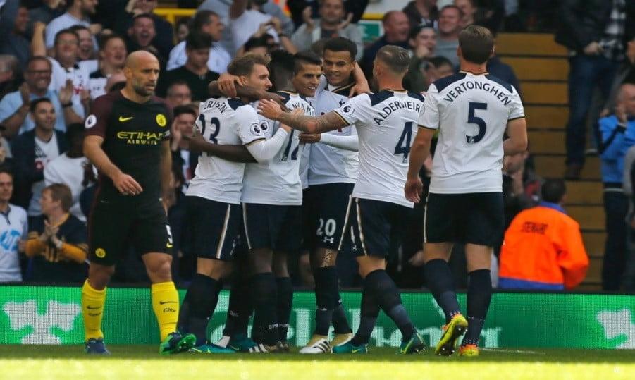Os jogadores do Tottenham FC celebram o golo frente ao Manchester City Fonte: Tottenham FC