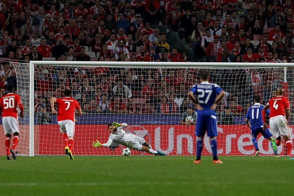 Éderson redimiu-se e segurou a vitória dos encarnados; Fonte: SL Benfica
