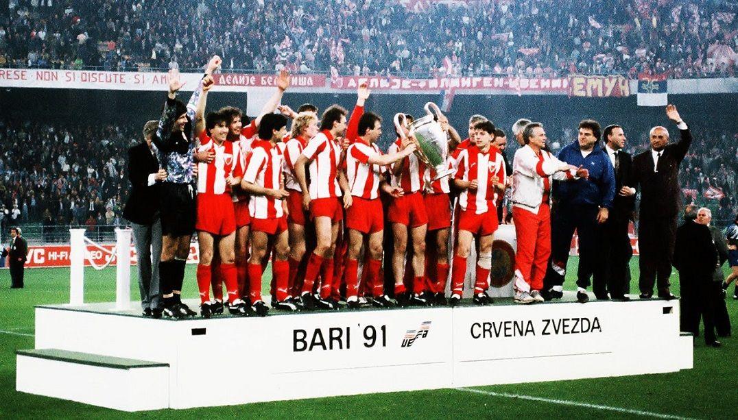 O Estrela Vermelha de Belgrado sagrou-se campeão da Europa em 1991 e venceu o último campeonato da Jugoslávia no ano seguinte Fonte: Esporte Band