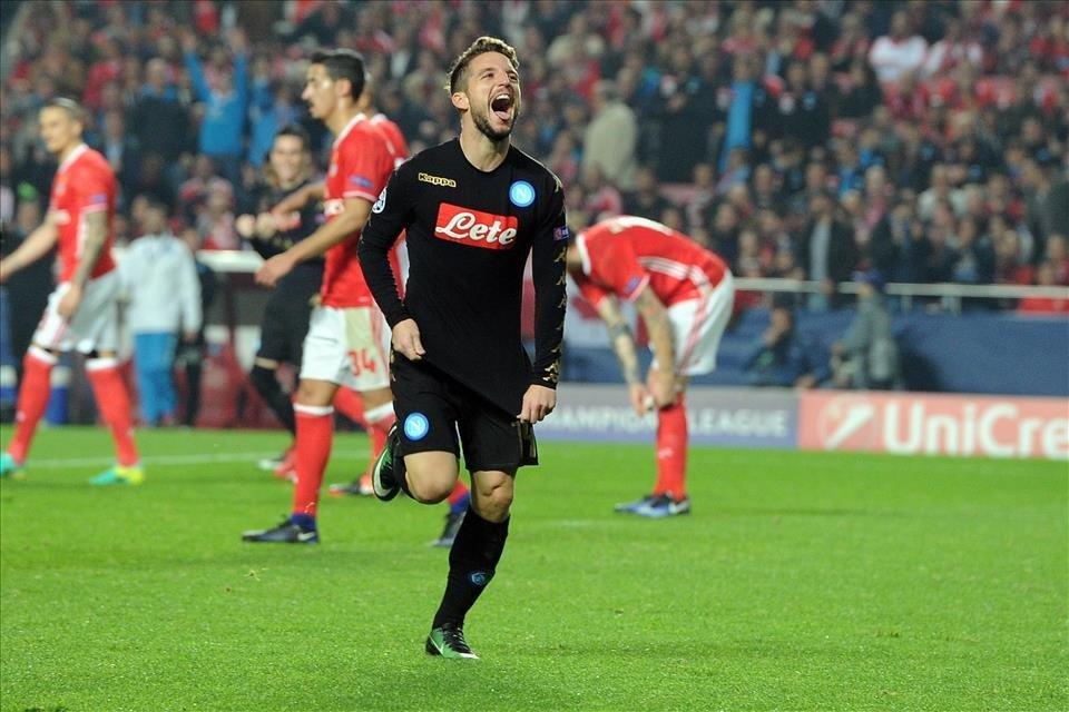 Mertens também deixou a sua marca no Estádio da Luz (Fonte: Site oficial do Nápoles)