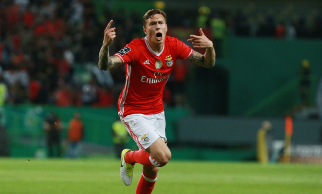 O dérbi lisboeta entre SL Benfica e Sporting CP, referente à última jornada da Primeira Liga, realiza-se este sábado, pelas 21h15.