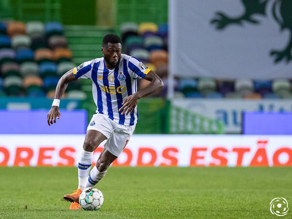 Nesse jogo, a equipa azul e branca conquistou a prova rainha ao vencer o SL Benfica por 2-1, com dois golos de Mbemba de cabeça.