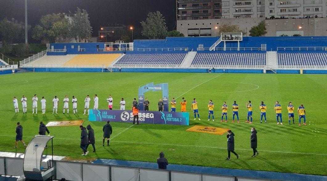 O Estádio António Coimbra da Mota recebeu o duelo entre Estoril Praia SAD e CD Feirense. A depressão Patrícia abençoou a partida
