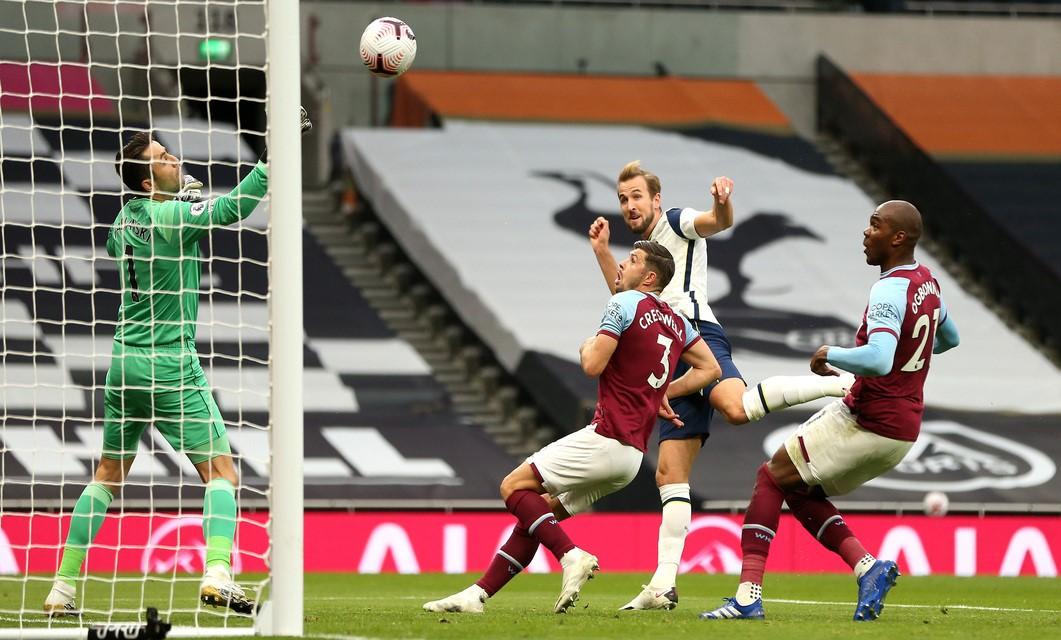 O Tottenham Hotspur FC de José Mourinho recebeu o West Ham United FC, orientado por David Moyes, em partida da 5ª jornada da Liga Inglesa