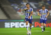 Manafá, Toni Martínez e Evanilson, em três lances distintos, ameaçaram a baliza de Denis, tanto que o guardião brasileiro acabaria por ceder.