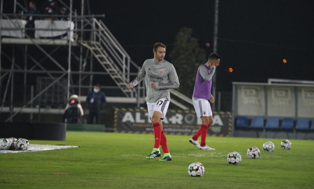 USC Paredes e SL Benfica estiveram frente a frente nesta noite de sábado, com os encarnados a vencerem com um golo solitário de Samaris.