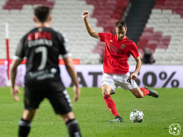 Ferro perdeu espaço no SL Benfica