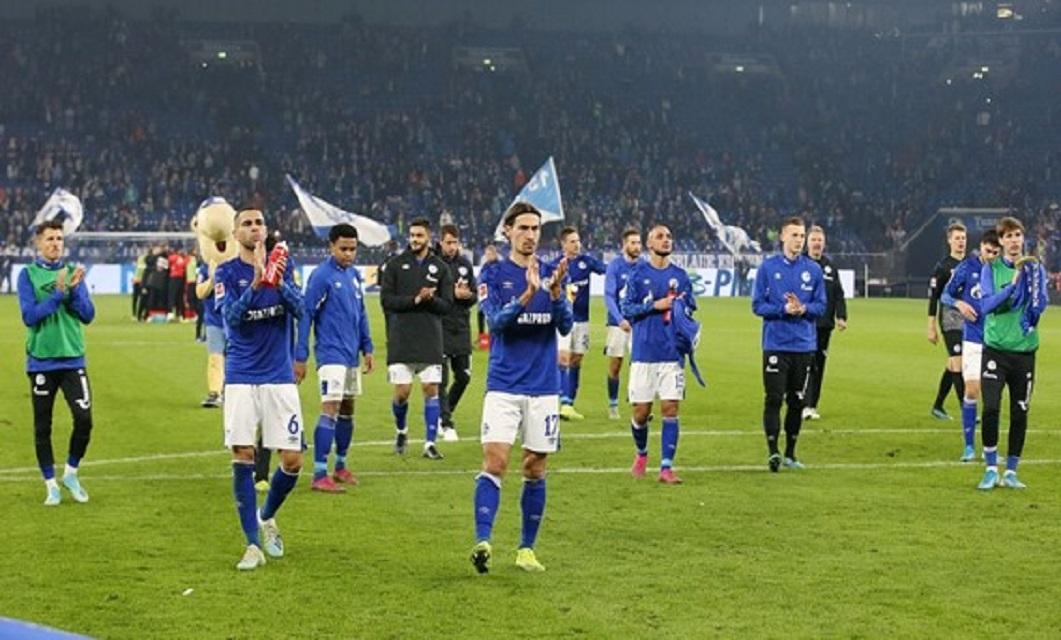 O Schalke 04 continua sem vencer nesta época