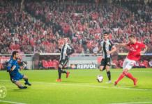 O SL Benfica defronta o CD Nacional esta terça feira.
