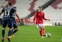 SL Benfica procura manter-se colado aos rivais diretos