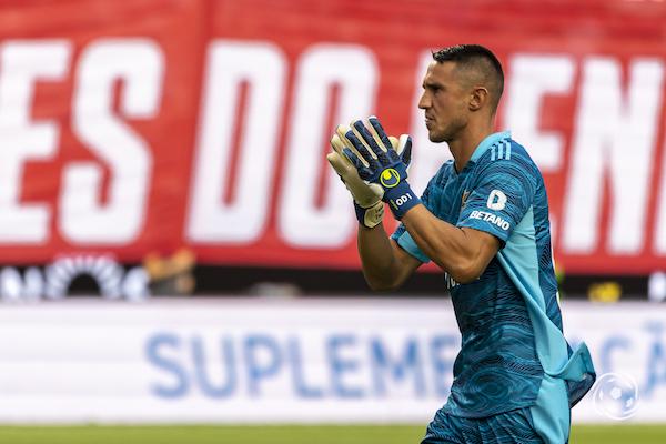 Vlachodimos tem estado em bom plano no início de temporada do SL Benfica