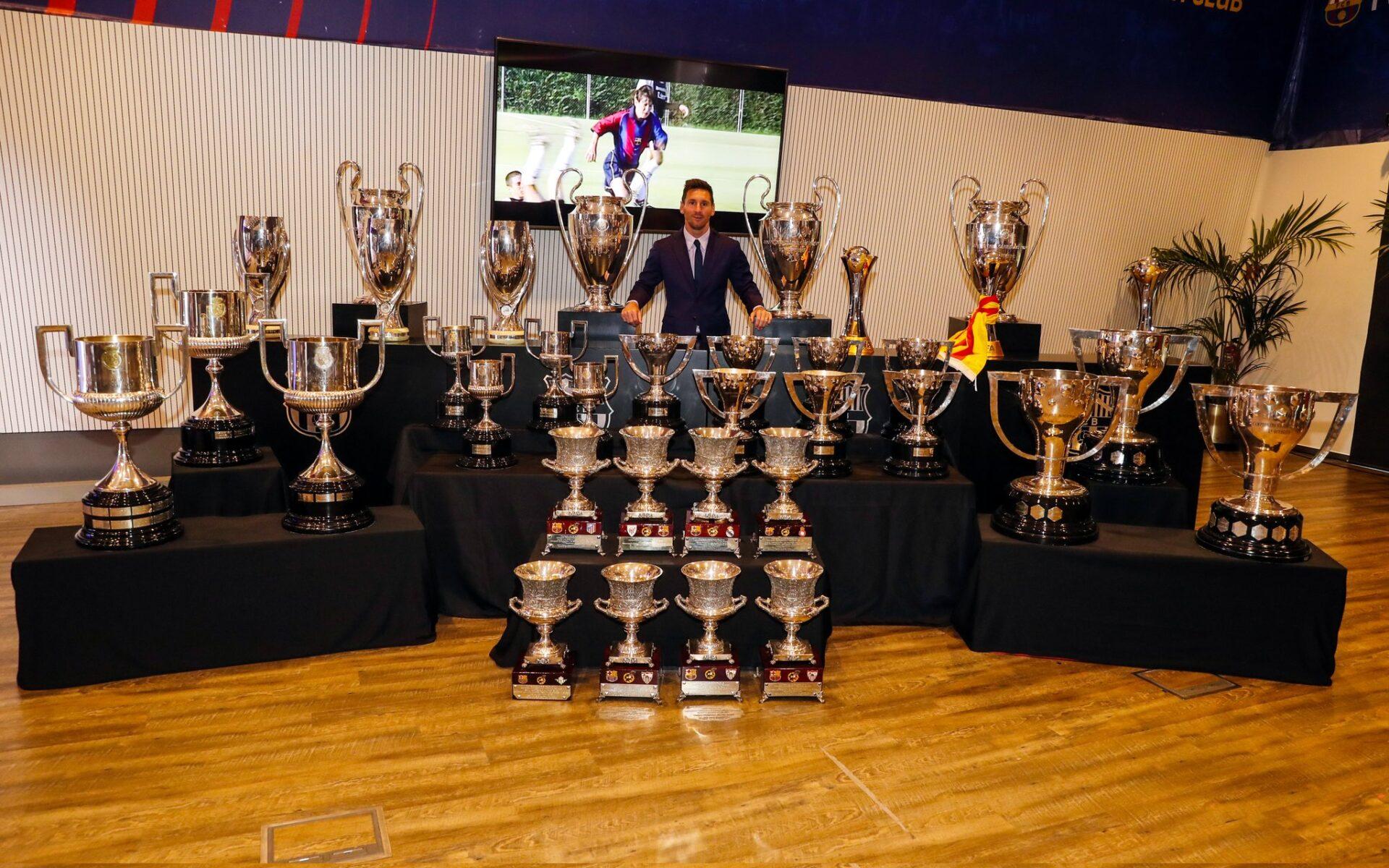 Messi e os troféus conquistados em Barcelona